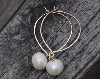 14K Gold Filled Pearl Earrings,  Pearl Drop Gold Earrings,  Gold Hoop Earrings, Hammered Hoops, Jewel Garage