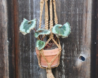 Vintage Macrame Hanging Planter / Natural Jute Plant Hanger