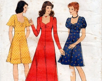 1970s Flared Sweetheart Dress Pattern Style 4774 Vintage Sewing Pattern Gathered Bust Maxi or Knee Length Boho Dress Bust 36