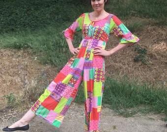 VTG Jumpsuit Sz M flower power patchwork bright multicolor print Acetate nylon Nightgown