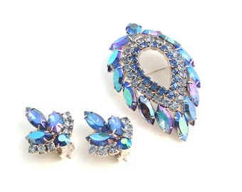 SALE Blue Rhinestone Brooch and Earrings Set - D&E for Sarah Coventry - Blue Lagoon - Vintage Costume Jewelry