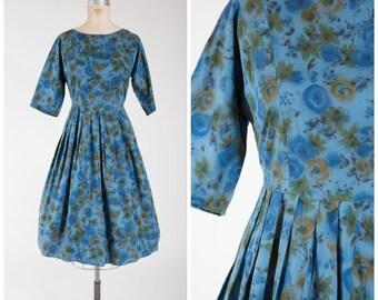 Vintage 1950s Dress • Day Dreamer • Blue Floral Cotton 50s Dress Full Skirt Size Large