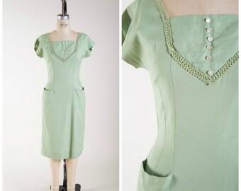 1950s Vintage Dress • Balmy Breeze • Pastel Green Rayon Linen Vintage 50s Wiggle Dress Size Medium