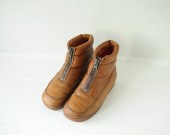 Vintage Bass Sugar Loafer Brown Leather Zip Up Moon Boots, Mens 7, Womens 8 1/2 / ITEM218