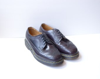 Vintage Dr. Martens Burgundy Wingtip Oxfords Made in England UK 8 US Mens 9