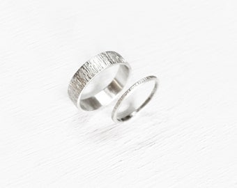 whit - alternative ripple wedding band / couple jewelry / rippled promise ring set / ripples couples rings / anniversary rings