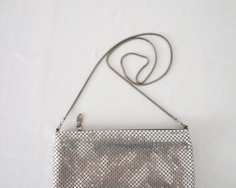 Silver Metal Mesh Vintage Clutch With Serpentine Strap / Womens Purse