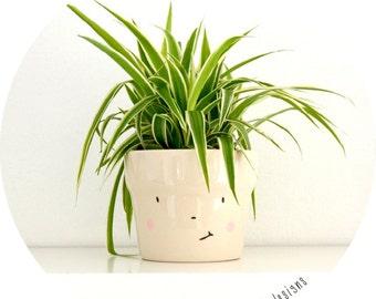 smiling flowerpot - LOUIS