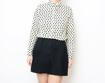 Vintage white dot women button up blouse / peter pan collar