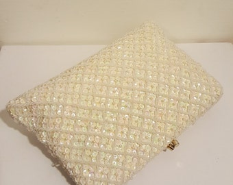 BRIDE BEADED PURSE // Hong Kong Winter Creamy White Ivory Wedding Gold Formal Evening Bag Beaded Sequin Pearl Chain Link Criss Cross