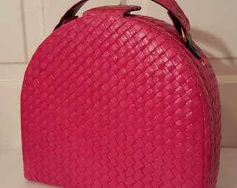 RASPBERRY RED WICKER Woven Purse  // Arched Curved Vintage Handbag Wood Straw Philippines Weave Train Case Box Purse