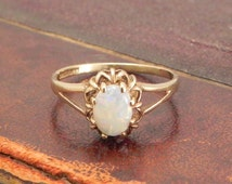 Opal Ring Vintage Opal Ring, Set In 9K Gold, .75ct Precious Opal, Size 6, Opal Gold Ring, Right Hand Ring