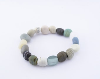Rustic beach bracelet  - handmade glass beads - river rock jewelry
