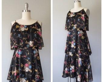 70s dark floral sundress size small / vintage floral sundress
