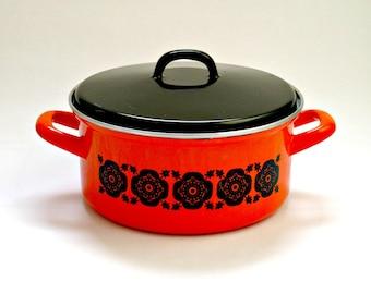 Large Mid Century Orange Enamel Lidded Saucepan, Retro Kitchenware