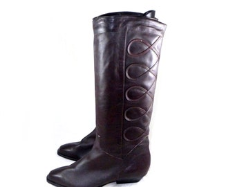 Dark brown leather DINGO riding boots - equestrian flat / tall / high pull on style brown shoes / 7 M B soutache trim