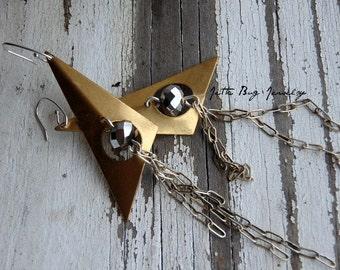Triangle Fringe- geometric earrings. vintage brass arrows. fringe statement earrings. Industrial modern gold silver. Jettabugjewelry