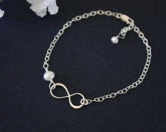 Bridesmaid Infinity Bracelet, Infinity Eternity Jewelry, Bridesmaid Gift, White Pearl, Silver, Infinity Charm