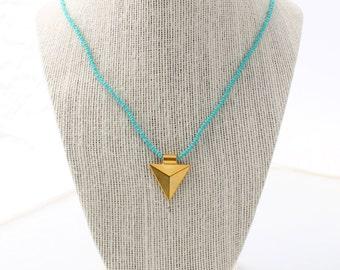 arrowhead charm necklace - turquoise, arrowhead necklace, arrowhead charm, charm necklace, brass charm, turquoise necklace, beaded necklace
