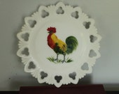 Vintage Milk Glass Rooster Plate Scalloped Lace Edges Primitive Primary Colors Red Green Yellow