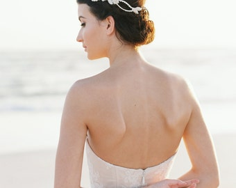 Bridal Silver Hair Vine. Bridal Crystal Hair Vine. Bridal Silver Headpiece {Kaia}