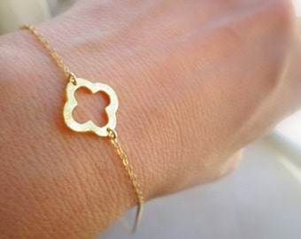 Gift Bracelet Bridesmaids Bracelet Bridesmaids Jewelry Gold Bracelet Bridesmaids Gift Bracelet Gold Clover Bracelet Wedding Jewelry Gift