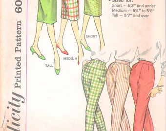 """Vintage 1950's Simplicity 3257 Skirt & Pants in Proportioned Sizes Sewing Pattern Size Waist 26"""""""