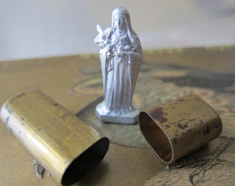 St.Theresia Pocket Shrine.WWII Era.Pocket Protection.Soldier War-Time.European Statuary Miniature.Theresa Little Flower& Case.Catholic Saint