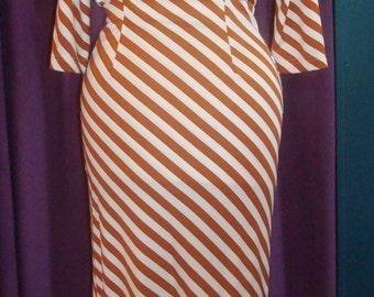 Vintage 1990s 2 piece Diane Von Furstenberg skirt and top tan and white