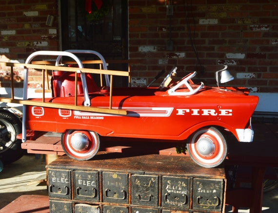 Murray's Fire Truck Pedal Car