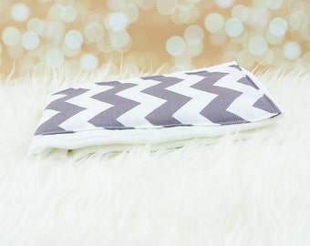 Baby Burp Cloth (Big Grey Chevron)     burp rag, baby burp cloths, burping rag, baby shower gift, baby gift, new baby gift