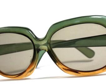 green brown sunglasses- retro 60s sunglasses- chunky sunglasses- beach fashion- made in Germany-