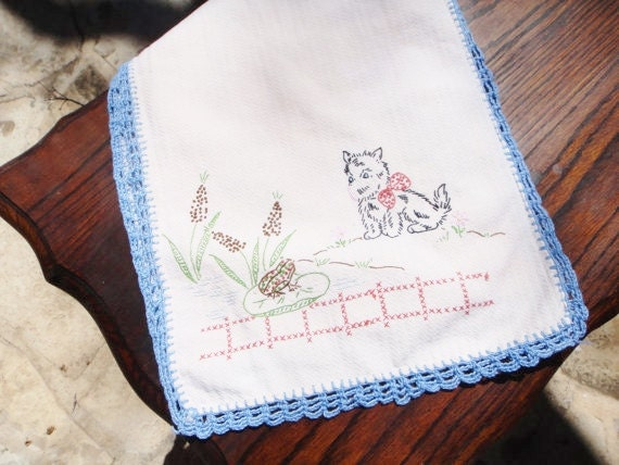 Vintage Crochet Edging Scotty Dog and Frog Kitchen Towel