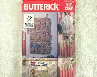 Tablecloth Pattern, Butterick 4371 Craft, Round, Square, Shoe Bag, Bed Caddy, 1986 Uncut