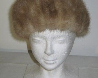 Vintage 1950s 1960s Womans Genuine Pillbox-Cloche Mink Fur Hat Classic Chic