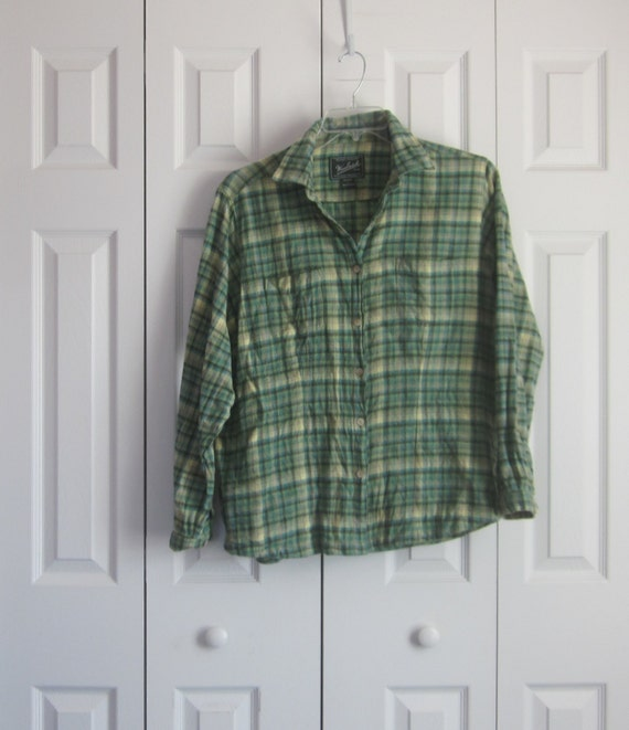 Green plaid flannel shirt hipster flannel shirt womens large for Womens green checked shirt