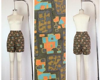 60s Moss Green Abstract Print Jantzen Shorts / 1950s Vintage Mod Geometric Print High Waisted Shorts / Medium / Size 6