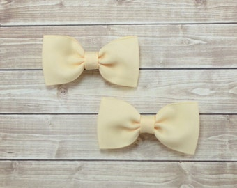 Ivory Bow Hair Clips, Ivory Pigtail Bows, Ivory Hair Bows, Ivory Pigtail Hair Bows, Ivory Bow Clips, Ivory Hair Clips for Girls, Girls Bows