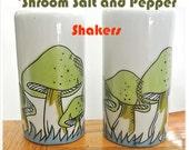 Vintage Mushroom Salt and Pepper Shakers, Shrooms, 70's, 1970's, Herb Jar, Vintage Kitchen, Retro, Mycology, Collectables,  kitsch, Kitchey