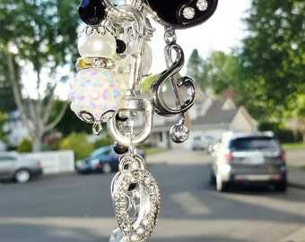 MUSIC NOTE BLING rear view mirror accent!  Great gift for the musically inclined person in your life...or you! Free photo key chain!