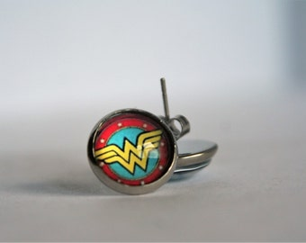 Wonder Woman 12 mm Glass Cabachon Stainless Steel Post/Stud Earrings