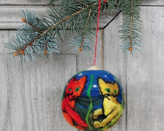 Christmas in July, Christmas tree ornament, large felted Christmas ball with three cats, gift for cat lovers, unique home decor, OOAK