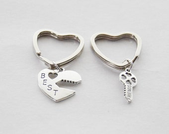 Family Keychains, 2 Sister Keychains, Best Friends Keychains, 2 Keychains, BFF Keychains, Heart Keychains, Friend keyring, Best friends gift