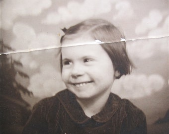 Adorable 1940's Sweet Young Short Haired Girl Photo Booth Photo - Free Shipping