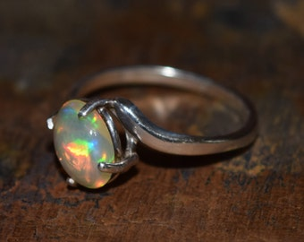 Rolling Prism! Welo 1.7ct Ethiopian Opal Ring in Sterling Silver