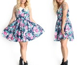 SALE VINTAGE 80s Floral Short Cute Summer Spring Festival Coachella Dress