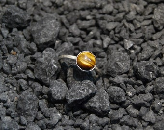 Handmade Tiger's eye ring, sterling silver, brown hammered stacking ring, 8mm cabochon ring, plain bezel