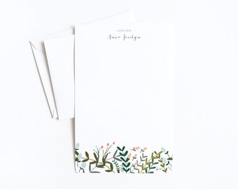 Personalized Letter Writing Sheets | Floral Personalized Stationery Set with Custom Writing Paper : Garden Wreath Collection