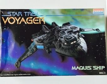 Vintage Star Trek Voyager Model Maquis Ship