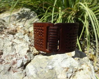 upcycled flower cuff bracelet/brown leather cuff/womans bracelet/leather cuff/stamped cuff/boho hippie cuff/upcycled leather bracelet/C160